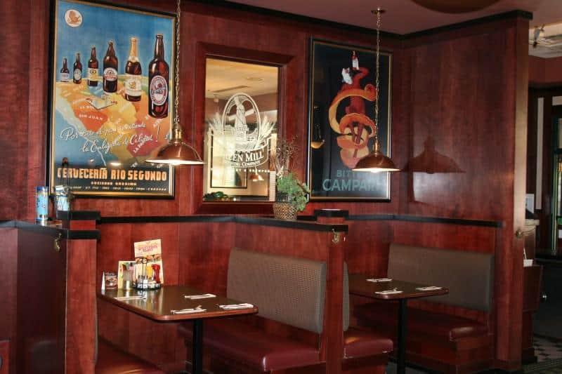 Green Mill Restaurant Booths